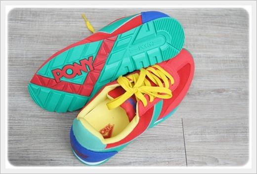 品牌慢跑鞋
