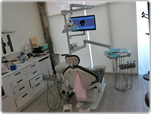 牙醫診所冷光牙齒美白-牙醫