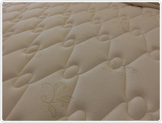 桃園加大雙人床-